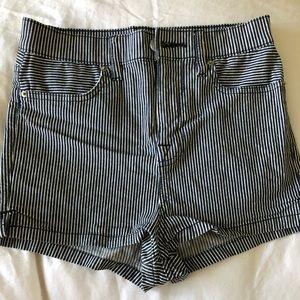 Urban Outfitters/ BDG Denim High Rise shorts